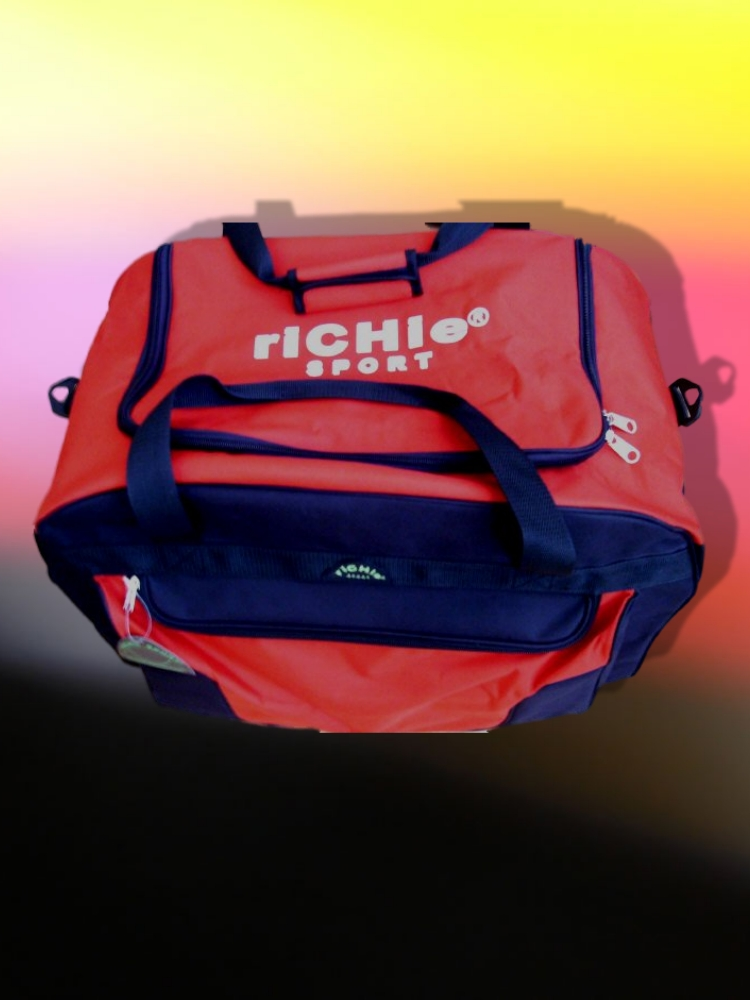 riCHie-09005red-blackbag-frontview.jpg